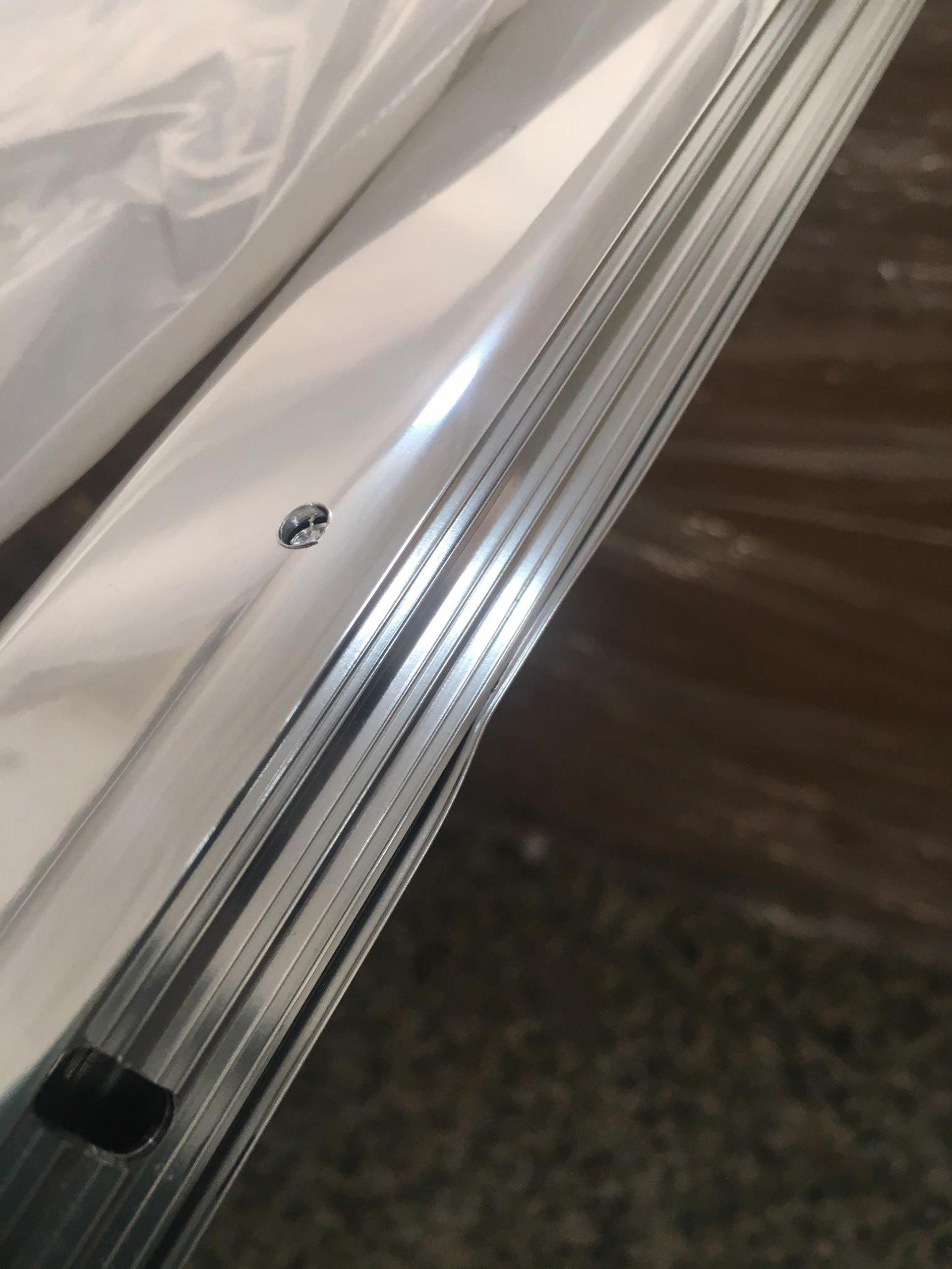 VÝPRODEJ RAVAK CVS2-100 R, vanová zástěna dvoudílná, bright alu+transparent 7QRA0C00Z1 POŠKOZENÝ!!!!