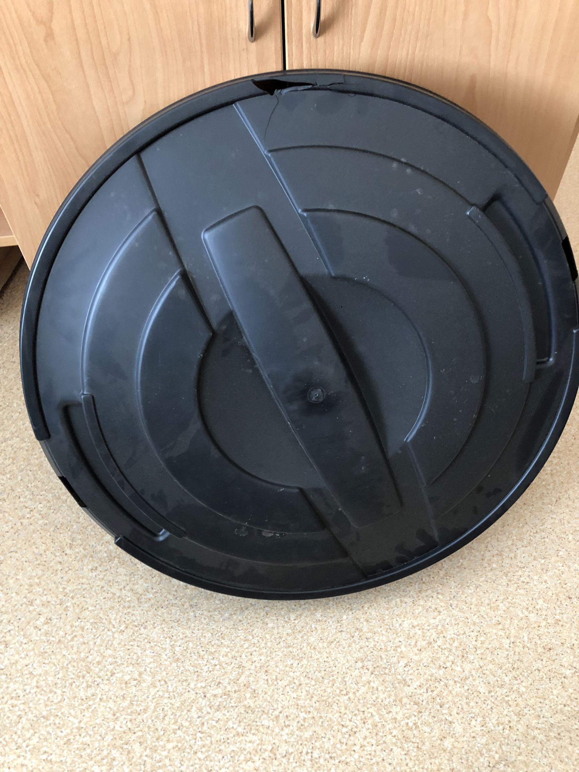 VÝPRODEJ Prosperplast RAINCAN sud na dešťovou vodu 210l, černý IDRA210 POŠKOZENÉ VÍKO